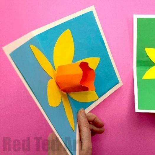 3D Pop Up Daffodil Card Easy Last Minute Mothers Day DIY Homemade Crafting Gift Ideas Inspiration How To Make Tutorials Recipes Gifts To Make