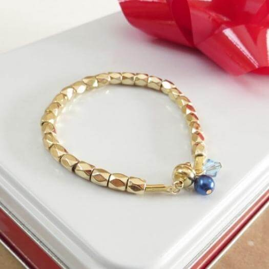 Birthstone Bracelet Sister Mothers Day DIY Homemade Crafting Gift Ideas Inspiration How To Make Tutorials Recipes Gifts To Make