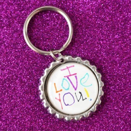 Bottle Cap Keychain Unique Mothers Day DIY Homemade Crafting Gift Ideas Inspiration How To Make Tutorials Recipes Gifts To Make