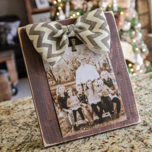 Bow Tie Picture Frame Best Friend Mothers Day DIY Homemade Crafting Gift Ideas Inspiration How To Make Tutorials Recipes Gifts To Make