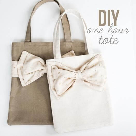 Bow Totes Best Friend Mothers Day DIY Homemade Crafting Gift Ideas Inspiration How To Make Tutorials Recipes Gifts To Make