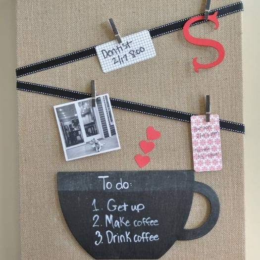 Burlap Memo Board Grandma Mothers Day DIY Homemade Crafting Gift Ideas Inspiration How To Make Tutorials Recipes Gifts To Make