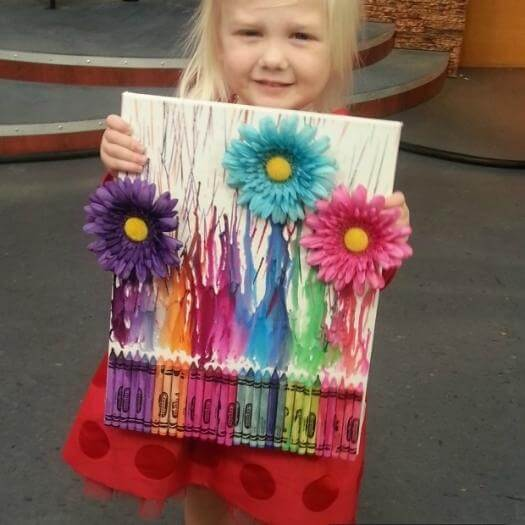 Crayon Art Unique Mothers Day DIY Homemade Crafting Gift Ideas Inspiration How To Make Tutorials Recipes Gifts To Make