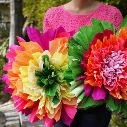 Crepe Paper Flowers Mexican Mothers Day DIY Homemade Crafting Gift Ideas Inspiration How To Make Tutorials Recipes Gifts To Make