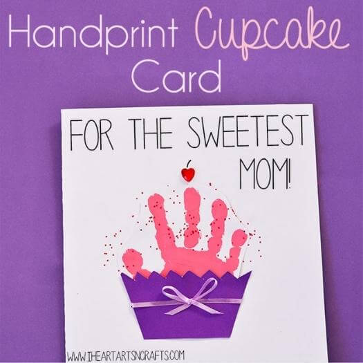 Cupcake Card Easy Last Minute Mothers Day DIY Homemade Crafting Gift Ideas Inspiration How To Make Tutorials Recipes Gifts To Make