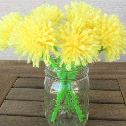 Dandelion Bouquet Easy Last Minute Mothers Day DIY Homemade Crafting Gift Ideas Inspiration How To Make Tutorials Recipes Gifts To Make