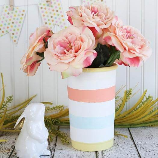 Easy Striped Vase Best Friend Mothers Day DIY Homemade Crafting Gift Ideas Inspiration How To Make Tutorials Recipes Gifts To Make