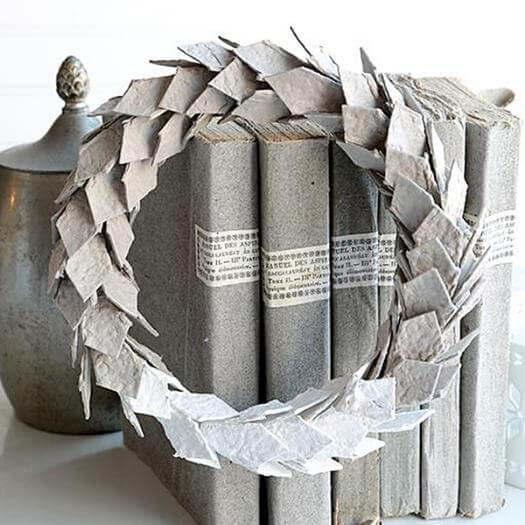 Egg Carton Wreaths Grandma Mothers Day DIY Homemade Crafting Gift Ideas Inspiration How To Make Tutorials Recipes Gifts To Make