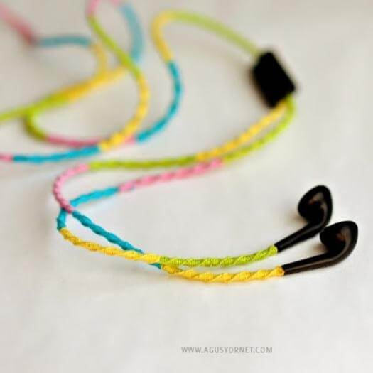 Embroidery Headphones Sister Mothers Day DIY Homemade Crafting Gift Ideas Inspiration How To Make Tutorials Recipes Gifts To Make