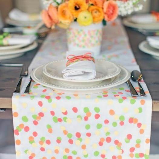 Fingerprint Table Runner Cheap Affordable Mothers Day DIY Homemade Crafting Gift Ideas Inspiration How To Make Tutorials Recipes Gifts To Make