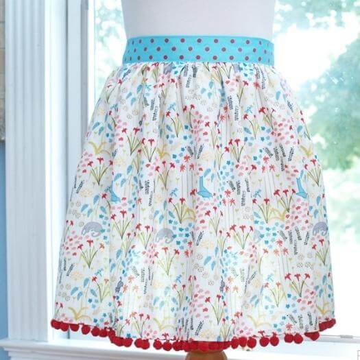 Floral Apron Best Friend Mothers Day DIY Homemade Crafting Gift Ideas Inspiration How To Make Tutorials Recipes Gifts To Make