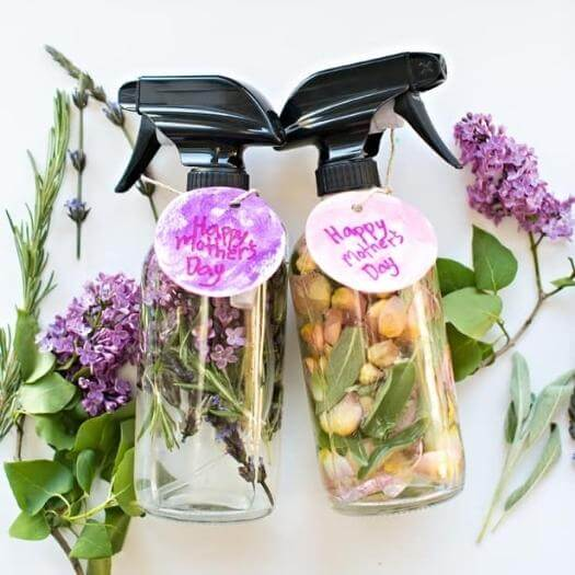 Floral Herb Perfume Easy Last Minute Mothers Day DIY Homemade Crafting Gift Ideas Inspiration How To Make Tutorials Recipes Gifts To Make