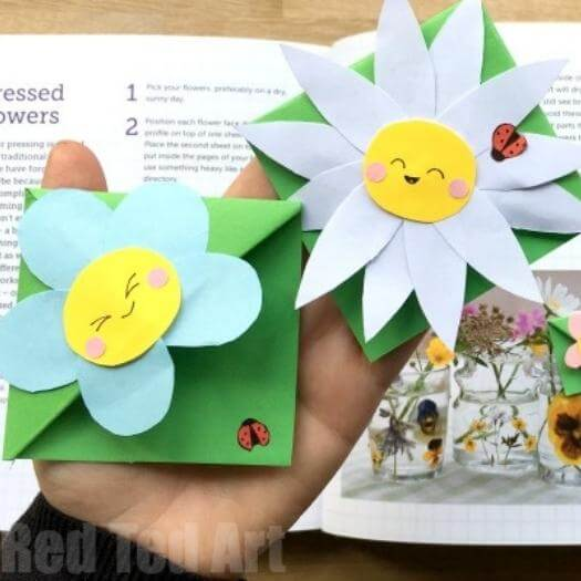 Flower Bookmark Corner Easy Last Minute Mothers Day DIY Homemade Crafting Gift Ideas Inspiration How To Make Tutorials Recipes Gifts To Make