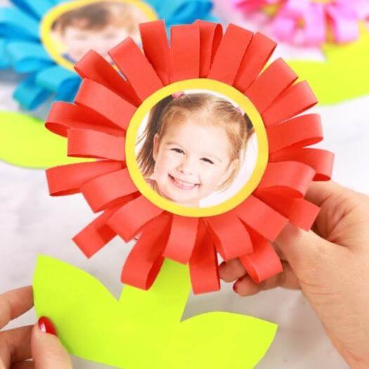 Flower Face Card Kids Mothers Day DIY Homemade Crafting Gift Ideas Inspiration How To Make Tutorials Recipes Gifts To Make