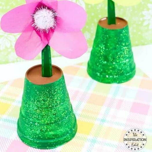 Flower Pot Painting Best Mothers Day DIY Homemade Crafting Gift Ideas Inspiration How To Make Tutorials Recipes Gifts To Make