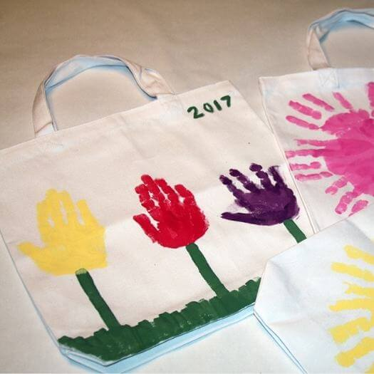 Flower Tote Bag Kids Mothers Day DIY Homemade Crafting Gift Ideas Inspiration How To Make Tutorials Recipes Gifts To Make