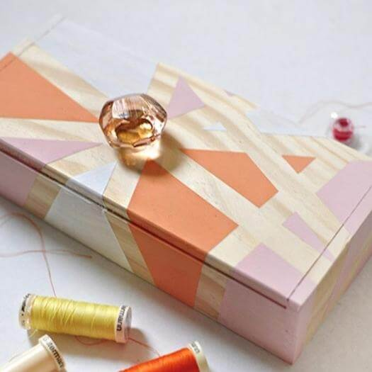 Geometric Thread Box Best Friend Mothers Day DIY Homemade Crafting Gift Ideas Inspiration How To Make Tutorials Recipes Gifts To Make