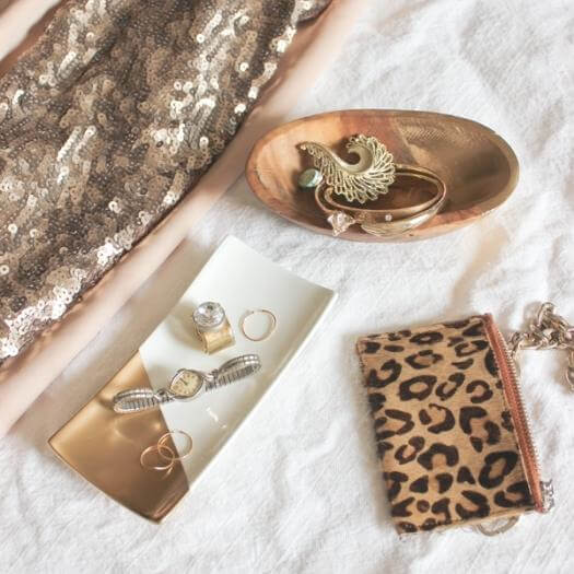 Gold Dipped Jewelry Trays Best Mothers Day DIY Homemade Crafting Gift Ideas Inspiration How To Make Tutorials Recipes Gifts To Make