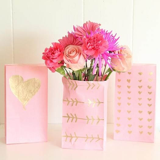 Gold Leaf Paper Vase Best Friend Mothers Day DIY Homemade Crafting Gift Ideas Inspiration How To Make Tutorials Recipes Gifts To Make