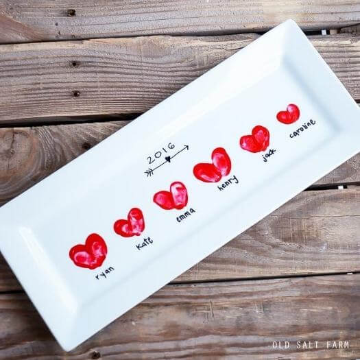 Heart Thumbprint Platter Kids Mothers Day DIY Homemade Crafting Gift Ideas Inspiration How To Make Tutorials Recipes Gifts To Make