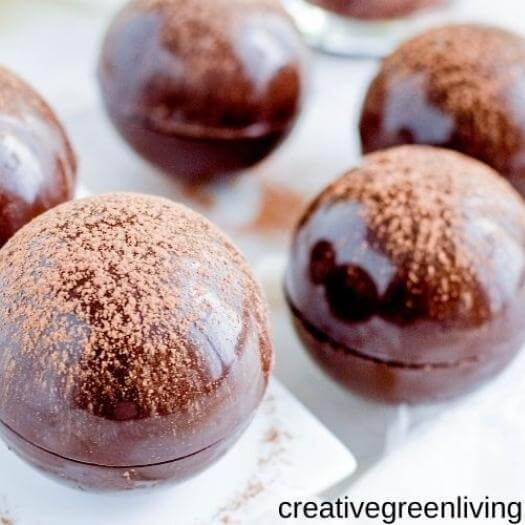Hot Chocolate Bombs Sister Mothers Day DIY Homemade Crafting Gift Ideas Inspiration How To Make Tutorials Recipes Gifts To Make