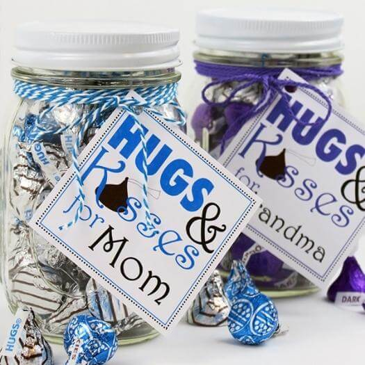 Hugs and Kisses Tags Cheap Affordable Mothers Day DIY Homemade Crafting Gift Ideas Inspiration How To Make Tutorials Recipes Gifts To Make