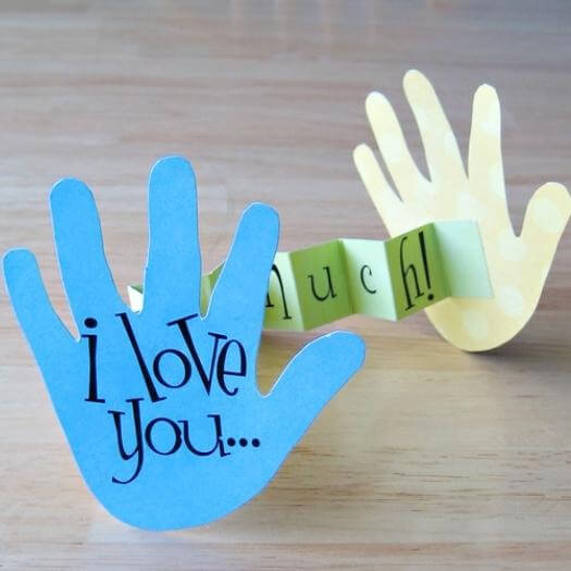 I Love You This Much Card Easy Last Minute Mothers Day DIY Homemade Crafting Gift Ideas Inspiration How To Make Tutorials Recipes Gifts To Make