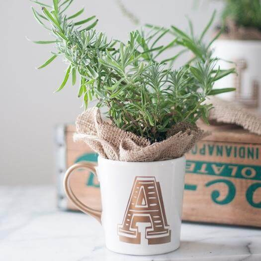 Letter Coffee Cup Best Friend Mothers Day DIY Homemade Crafting Gift Ideas Inspiration How To Make Tutorials Recipes Gifts To Make
