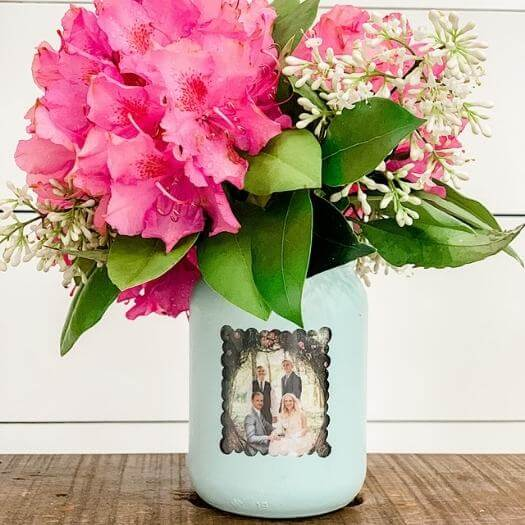 Mason Jar Picture Frame Vase Kids Mothers Day DIY Homemade Crafting Gift Ideas Inspiration How To Make Tutorials Recipes Gifts To Make