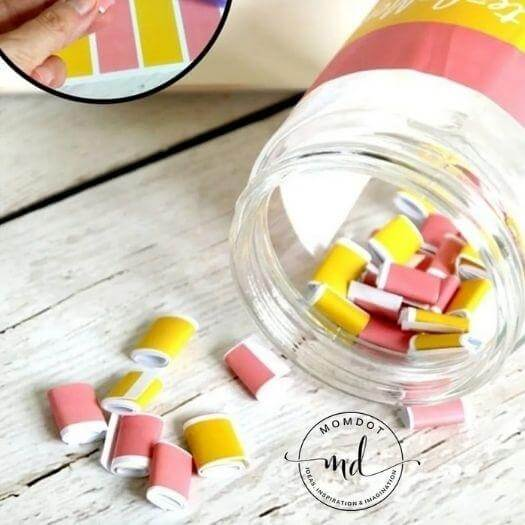 Memory Jar Easy Last Minute Mothers Day DIY Homemade Crafting Gift Ideas Inspiration How To Make Tutorials Recipes Gifts To Make