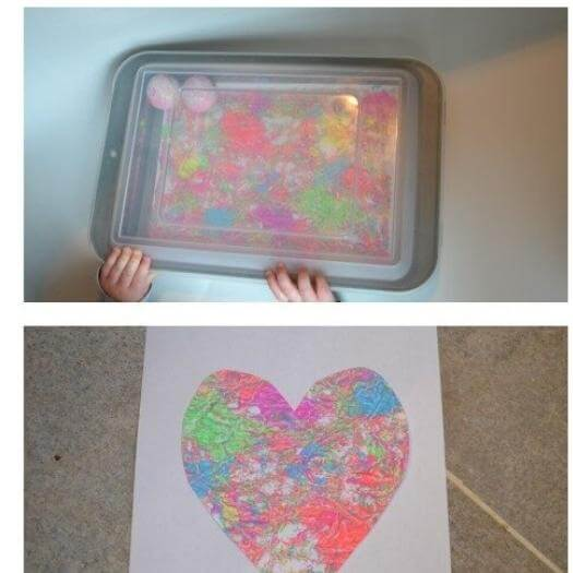 Mess Free Baby Painting Cheap Affordable Mothers Day DIY Homemade Crafting Gift Ideas Inspiration How To Make Tutorials Recipes Gifts To Make