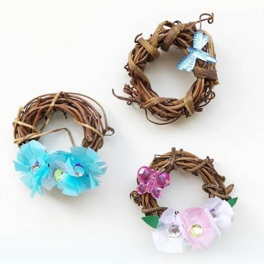 Mini Grapevine Wreaths Unique Mothers Day DIY Homemade Crafting Gift Ideas Inspiration How To Make Tutorials Recipes Gifts To Make