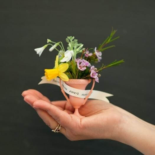 Mini Trophy Unique Mothers Day DIY Homemade Crafting Gift Ideas Inspiration How To Make Tutorials Recipes Gifts To Make