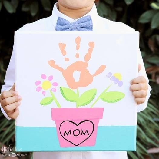 Mommy and Me Painting Unique Mothers Day DIY Homemade Crafting Gift Ideas Inspiration How To Make Tutorials Recipes Gifts To Make