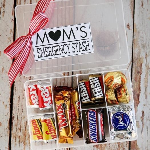 Mom's Emergency Stash Best Mothers Day DIY Homemade Crafting Gift Ideas Inspiration How To Make Tutorials Recipes Gifts To Make