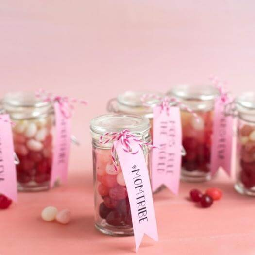 Mother's Day Treats Best Friend Mothers Day DIY Homemade Crafting Gift Ideas Inspiration How To Make Tutorials Recipes Gifts To Make