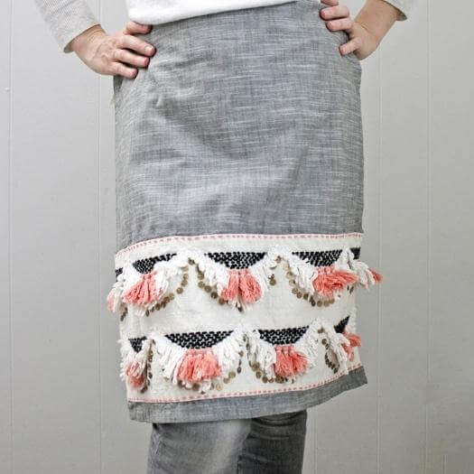 No Sew Apron Sister Mothers Day DIY Homemade Crafting Gift Ideas Inspiration How To Make Tutorials Recipes Gifts To Make