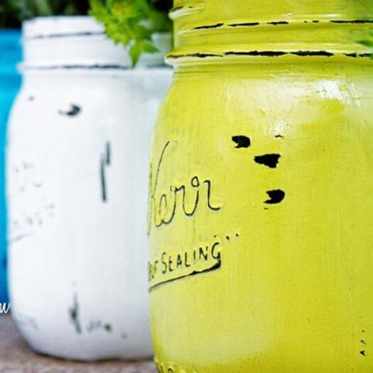 Painted Mason Jars Easy Last Minute Mothers Day DIY Homemade Crafting Gift Ideas Inspiration How To Make Tutorials Recipes Gifts To Make