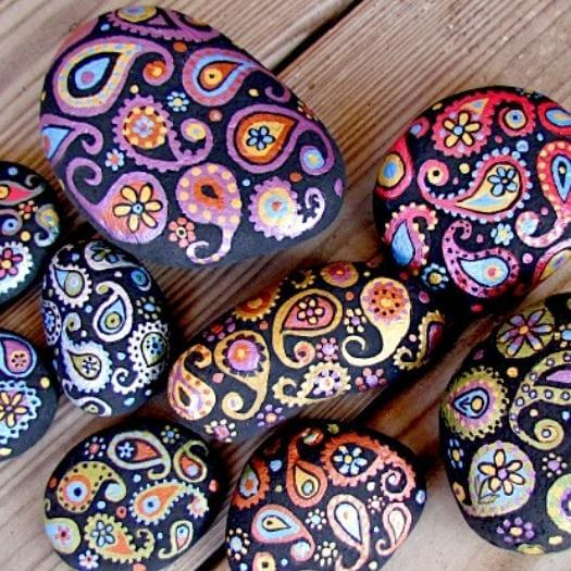 Painted Paisley Stones Unique Mothers Day DIY Homemade Crafting Gift Ideas Inspiration How To Make Tutorials Recipes Gifts To Make
