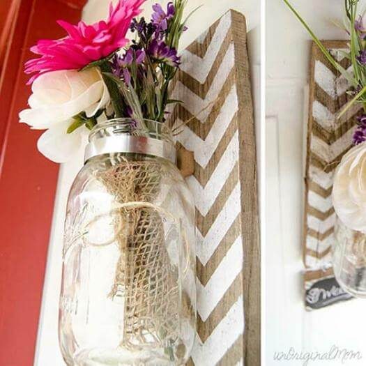 Pallet Mounted Vase Grandma Mothers Day DIY Homemade Crafting Gift Ideas Inspiration How To Make Tutorials Recipes Gifts To Make