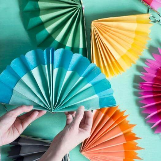 Paper Fan Garland Mexican Mothers Day DIY Homemade Crafting Gift Ideas Inspiration How To Make Tutorials Recipes Gifts To Make