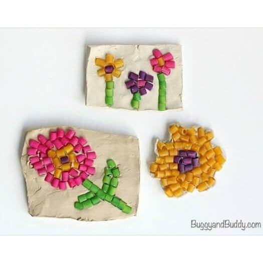Pasta Mosaic Art Kids Mothers Day DIY Homemade Crafting Gift Ideas Inspiration How To Make Tutorials Recipes Gifts To Make