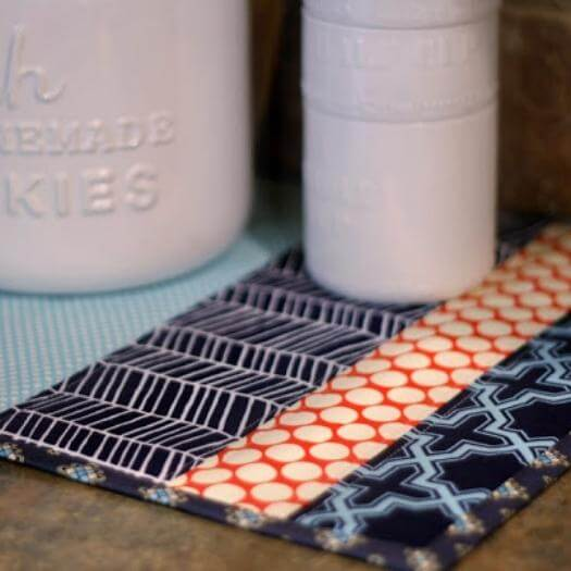 Patchwork Placemats Best Friend Mothers Day DIY Homemade Crafting Gift Ideas Inspiration How To Make Tutorials Recipes Gifts To Make