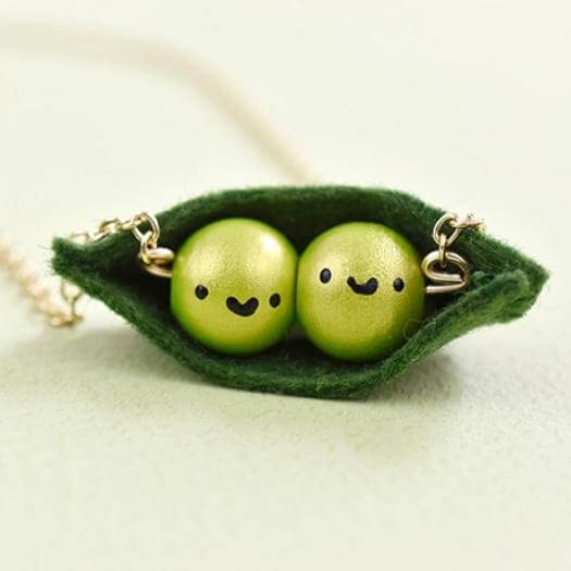 Peas In A Pod Necklace Easy Last Minute Mothers Day DIY Homemade Crafting Gift Ideas Inspiration How To Make Tutorials Recipes Gifts To Make