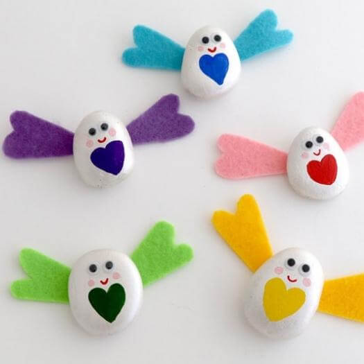 Pebble Love Bugs Best Mothers Day DIY Homemade Crafting Gift Ideas Inspiration How To Make Tutorials Recipes Gifts To Make