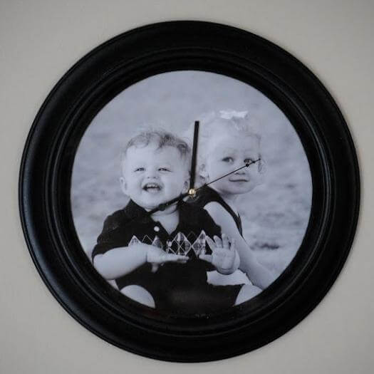 Photo Backed Clock Cheap Affordable Mothers Day DIY Homemade Crafting Gift Ideas Inspiration How To Make Tutorials Recipes Gifts To Make