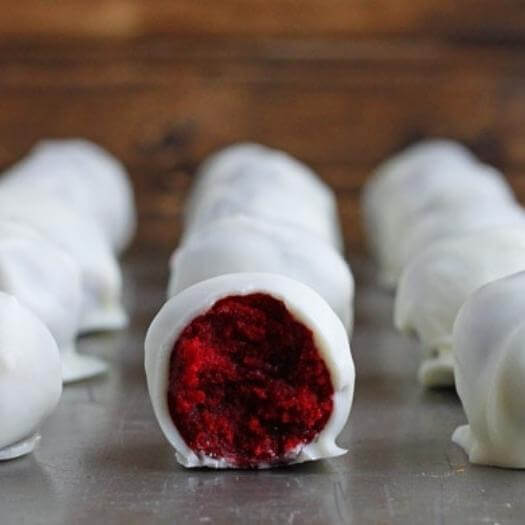 Red Velvet Truffles Unique Mothers Day DIY Homemade Crafting Gift Ideas Inspiration How To Make Tutorials Recipes Gifts To Make