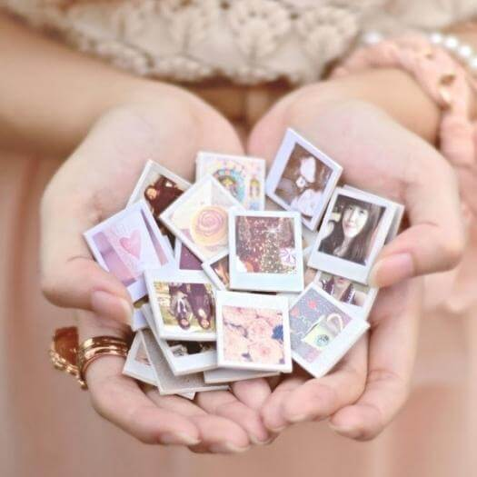 Refrigerator Magnets Best Mothers Day DIY Homemade Crafting Gift Ideas Inspiration How To Make Tutorials Recipes Gifts To Make