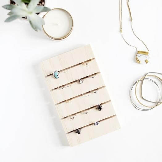 Ring Display Cheap Affordable Mothers Day DIY Homemade Crafting Gift Ideas Inspiration How To Make Tutorials Recipes Gifts To Make