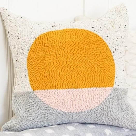 Rug Hook Pillow Best Mothers Day DIY Homemade Crafting Gift Ideas Inspiration How To Make Tutorials Recipes Gifts To Make
